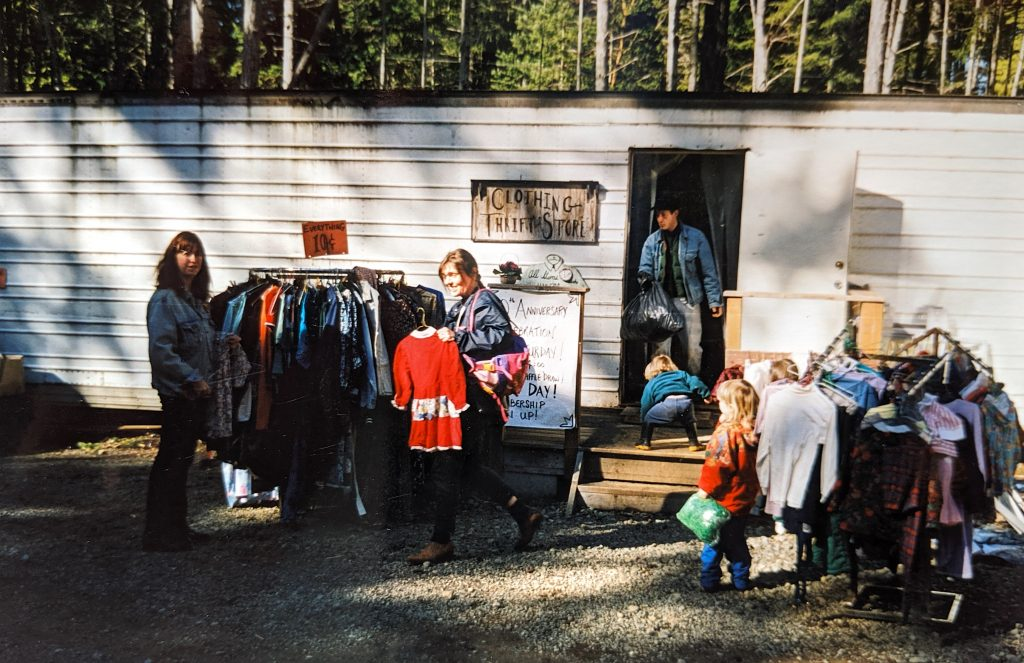 GIRO Clothing & Thrift Store - 2001